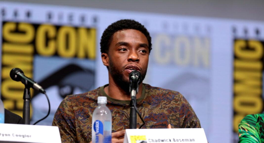 Chadwick Boseman In Memory Of Comic Con